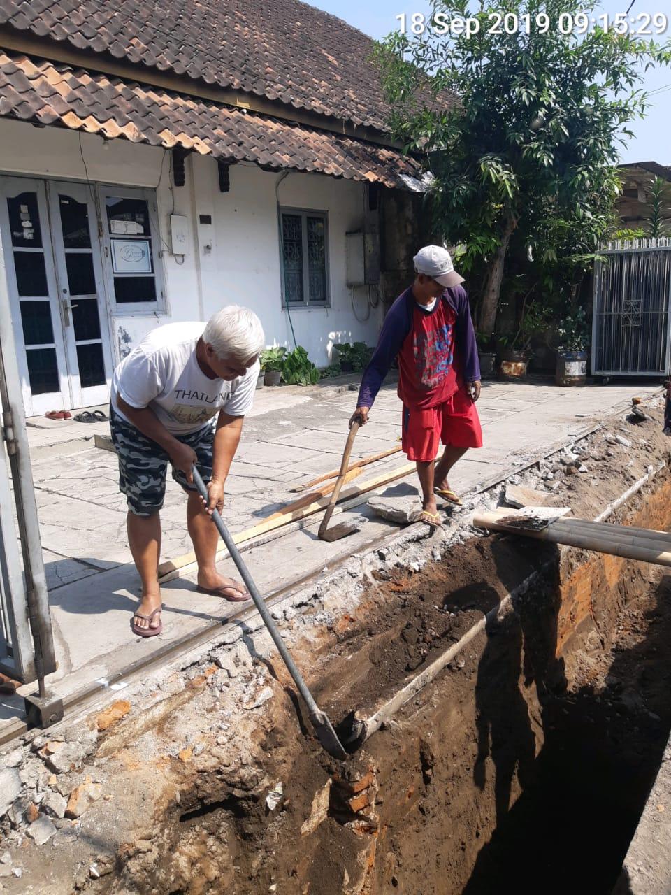 Pembuatan SAH di Gang Waru Ngadiwinatan