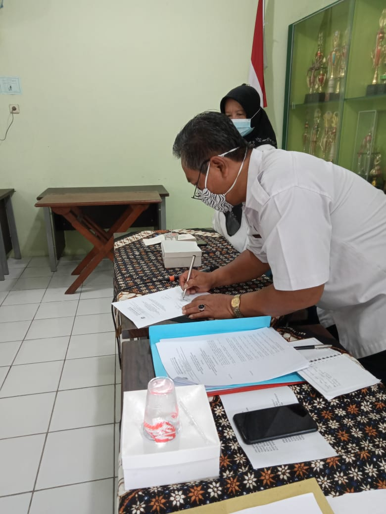 Penandatanganan SK Pengurus IPSM